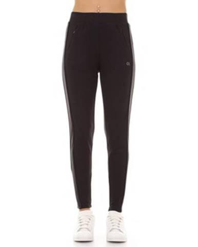 Čierne tepláky Calvin Klein Jeans