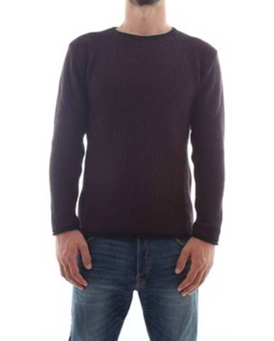 Fialový sveter Outfit