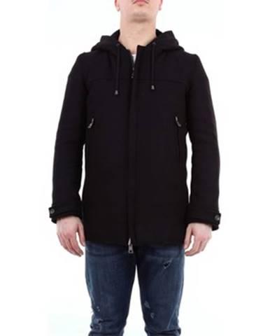 Čierny kabát Messagerie