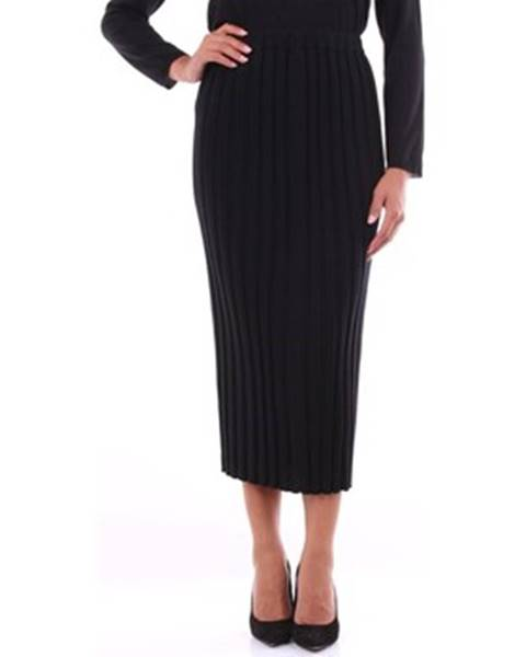 Čierna sukňa Anneclaire