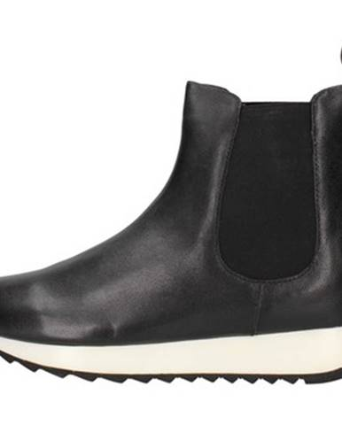 Čierne topánky Sara Lopez