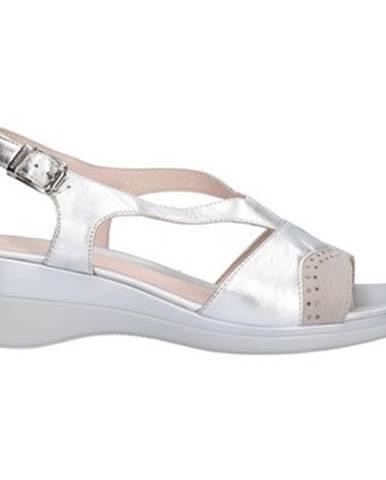 Strieborné sandále Stonefly