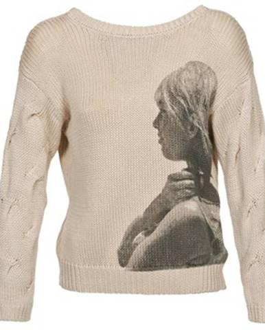 Béžový sveter Brigitte Bardot