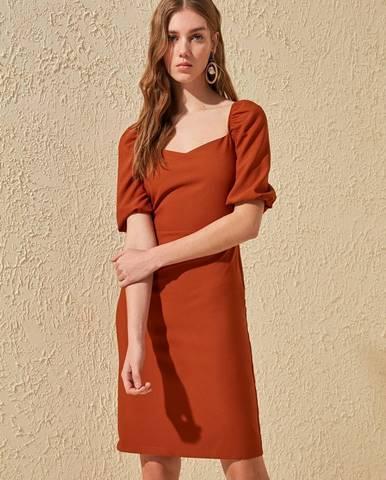 Tehlové šaty Trendyol