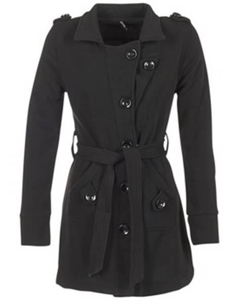 Čierny kabát Smash