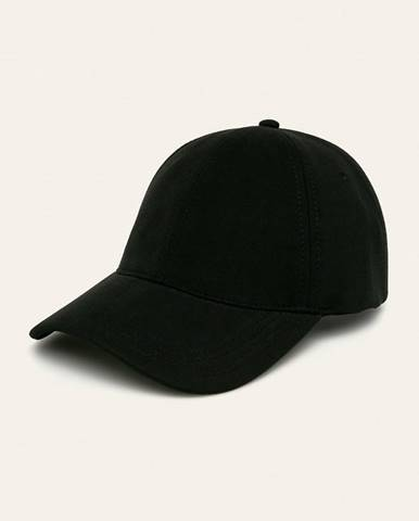 Čiapky, klobúky Lacoste